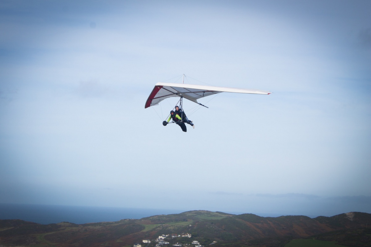 We had Tandem Hang Gliding Air Experience flights all day soaring the coastline of Devon. Taking in the views of Cornwall, Wales, Exmoor and Dartmoor in the ...